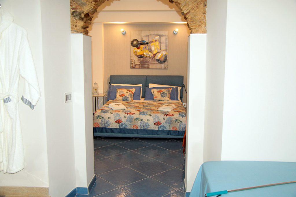 Le petit b b pizzo calabro le nostre camere suite for Planimetrie della camera da letto della suite matrimoniale